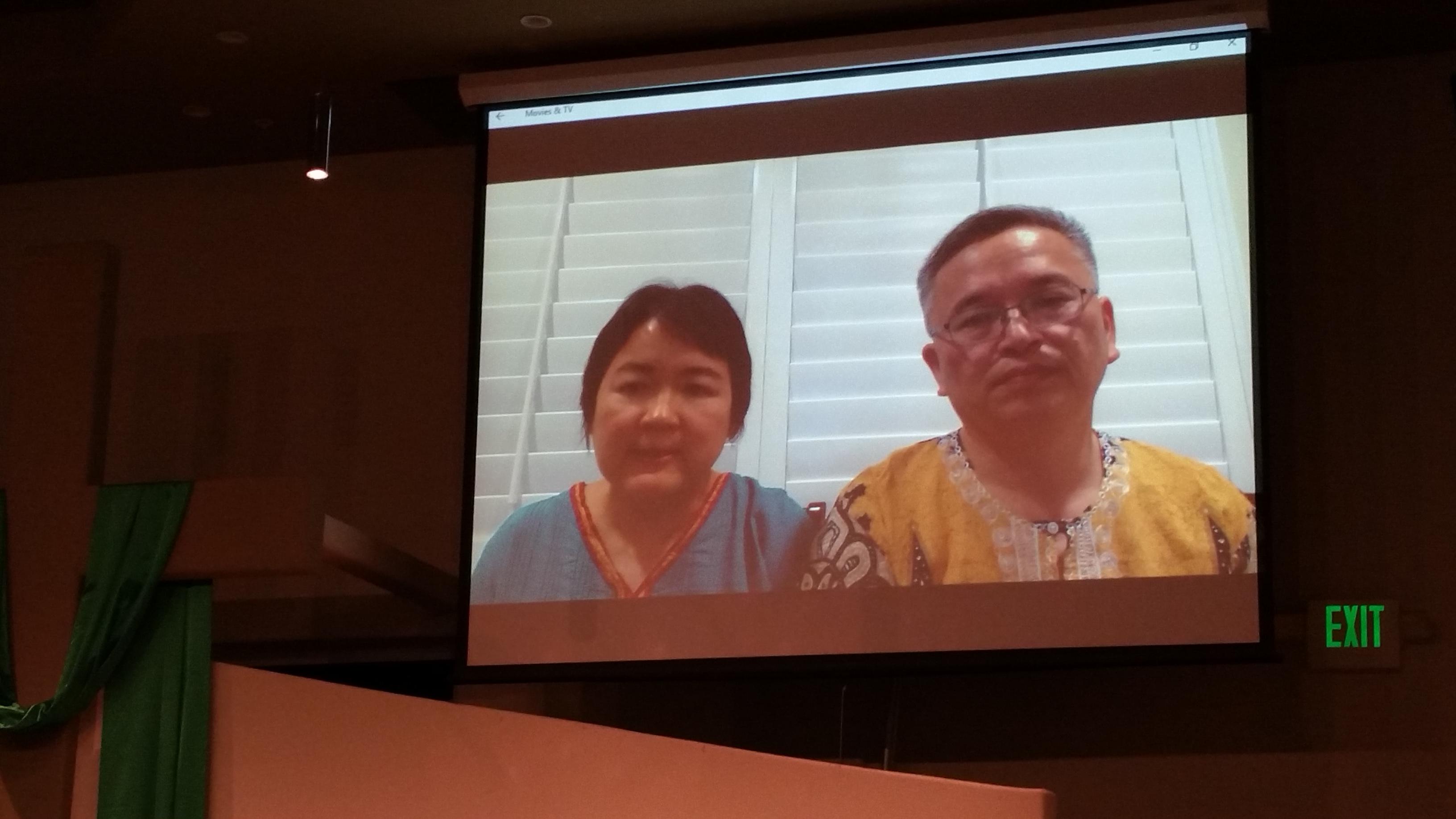 远在洛杉矶的黄成培牧师和师母通过视频的方式介绍内地会在非洲的事工!