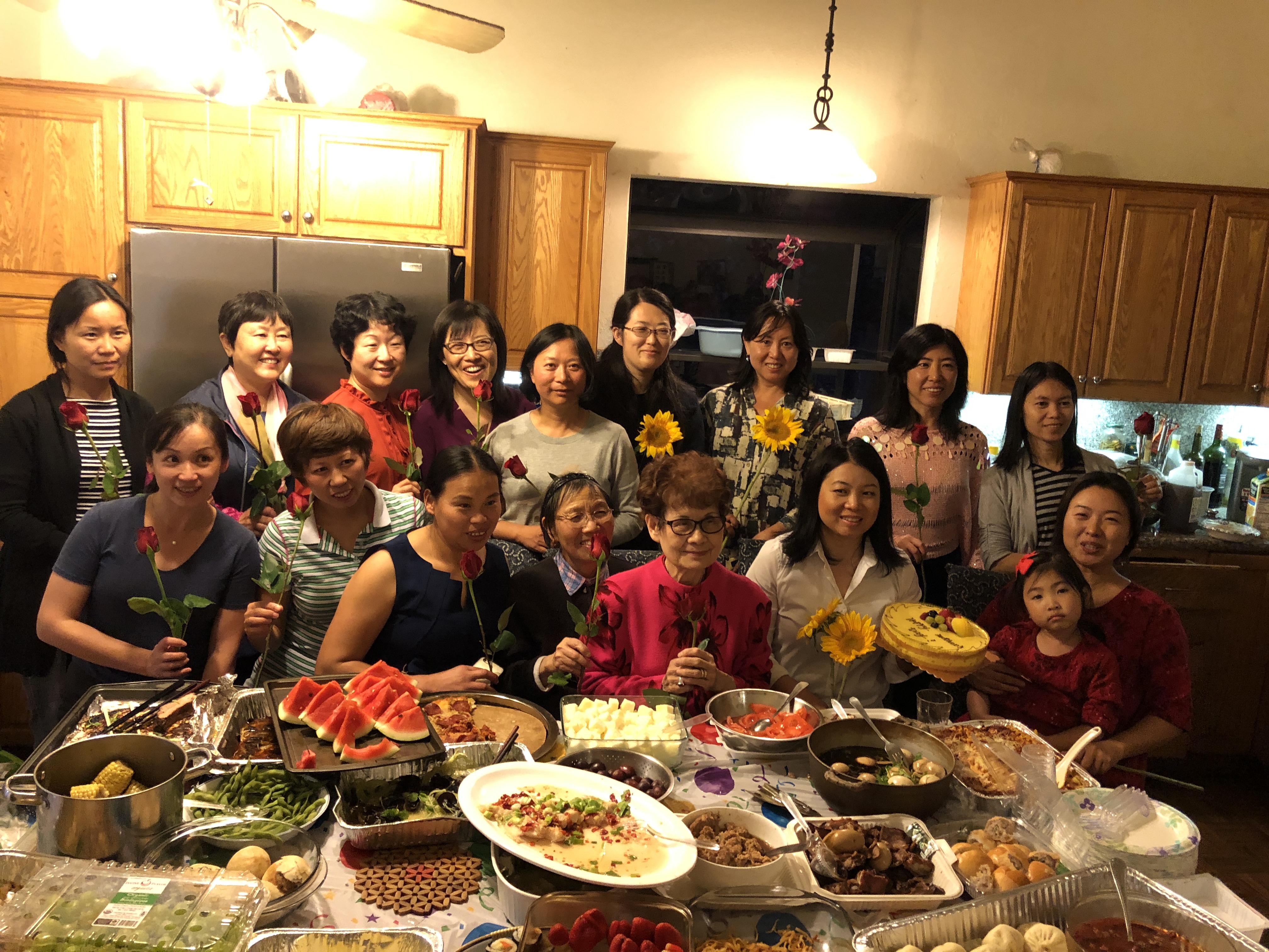 良友A组欢庆2018母亲节聚会